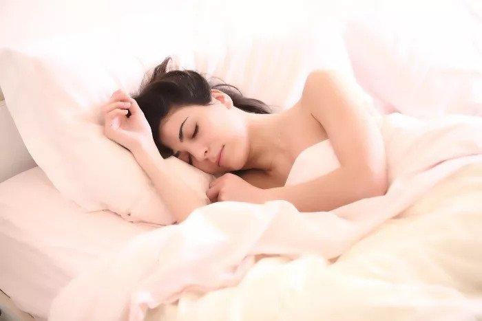 Ako na nespavosť a lepší spánok